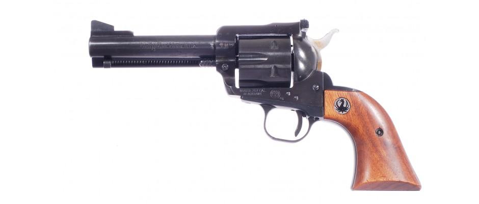 Revolver Ruger Blackhawk 357 Magnum + 9 mm Para