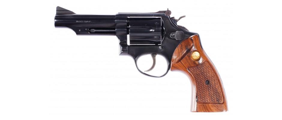 Revolver Taurus Model 440 357 Magnum