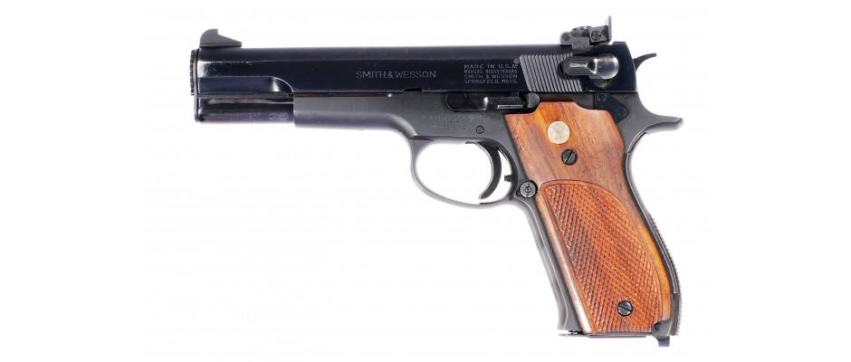 Pistole samonabíjesí Smith&Wesson model 52-2 38 Special